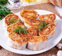 Rewelacyjne smażone roladki z tortilli lub naleśnika z pieczarkami