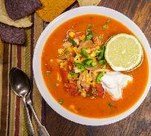 Obłędna zupa w stylu taco z kurczakiem: sprytny przepis na 4 puszki i pierś kurczaka