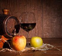 Domowe wino: jak zlewać i butelkować wino?