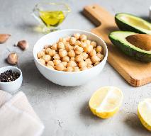 Hummus z awokado - przepis na idealny, zielony hummus