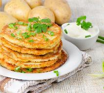 Tanie i dobre danie na obiad: placuszki z ziemniaków i żółtego sera