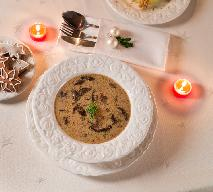 Zupa grzybowa: przepis na tradycyjne wigilijne danie [WIDEO]