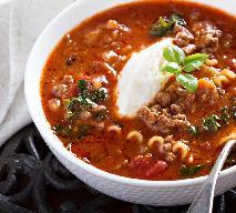 Zupa lazania z mięsem mielonym