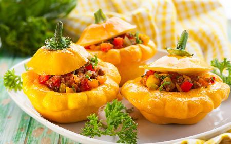 Patisony faszerowane papryką i mięsem: prosty przepis