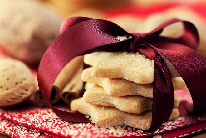 Kruche ciasteczka na święta - przepis Ewy Wachowicz [WIDEO]