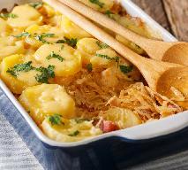 Oszczędna zapiekanka z kapusty kiszonej, boczku i ziemniaków