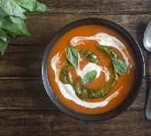 Zupa pomidorowa z bazyliowym pesto: gotowa w 15 minut
