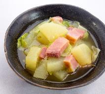 Egzotyczna zupa z białą rzodkwią i boczkiem - prosta a oryginalna