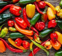 Papryka - jak kupować paprykę? Jakie smaki mają poszczególne rodzaje papryki?