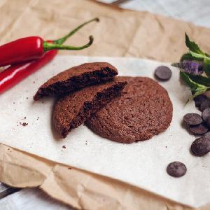 Pikantne ciasteczka czekoladowe - słodko-ostre pokuszenie