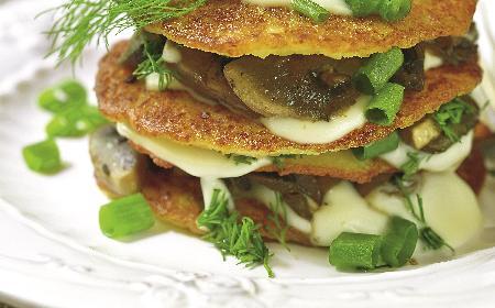 Białoruskie draniki: łatwy przepis na placki ziemniaczane z mięsem