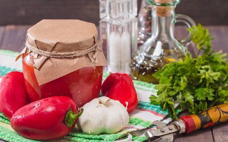 Przepis na paprykę w przecierze pomidorowym