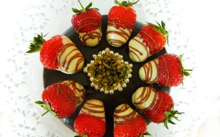 Truskawki w czekoladzie - pomysł na znakomity deser