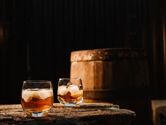 Szkocka Whisky A Bourbon Czym Się Różnią Beszamel Se Pl